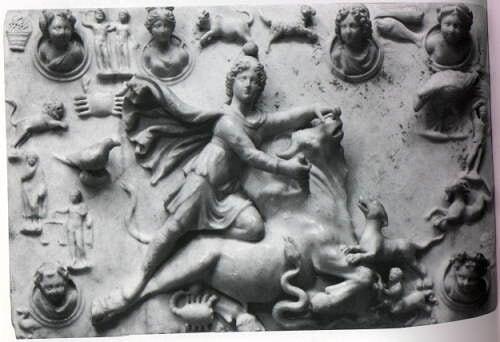 Mithra sacrifiant le taureau au centre du zodiaque à Sidon en Phénicie Vème s av JC